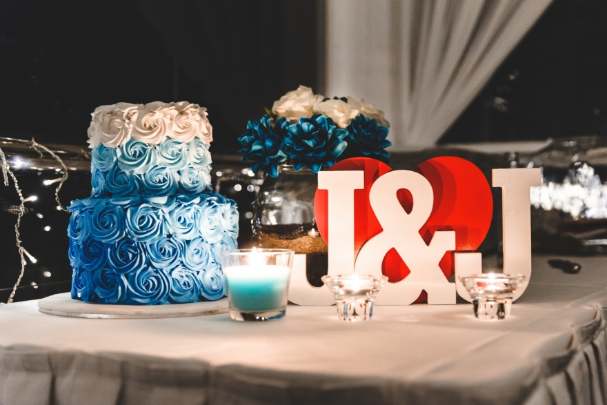 wedding-cacke-airlie-beach-wedding-photographer-sweet-studio
