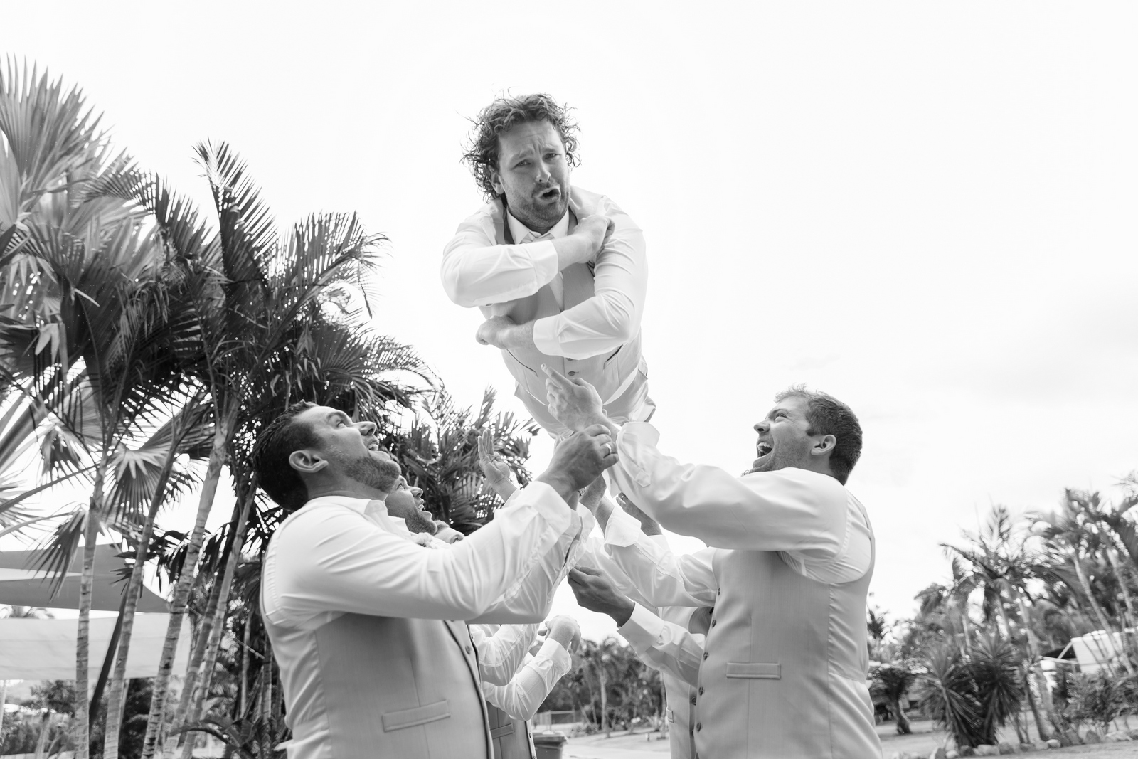 groom's flight